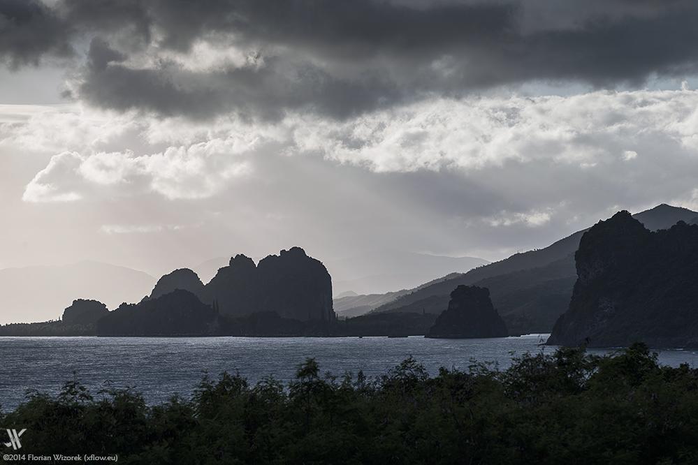 Hienghene New Caledonia  city photos gallery : New Caledonia – Kagu's threatened Home